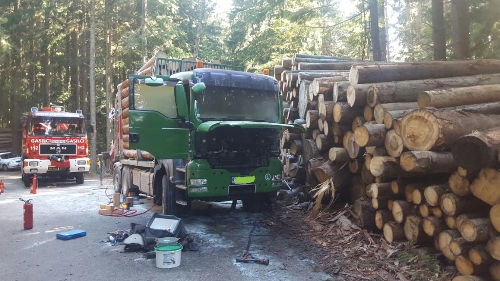 30.9.2016 – Požar tovornega vozila