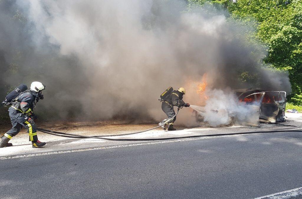1.5.2018 – Požar vozila